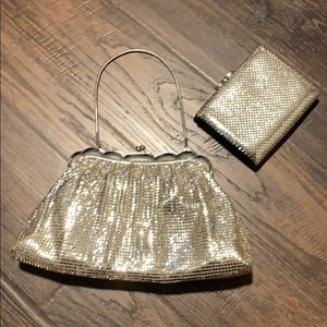 Whiting and Davis co vintage clutch w/ mesh wallet